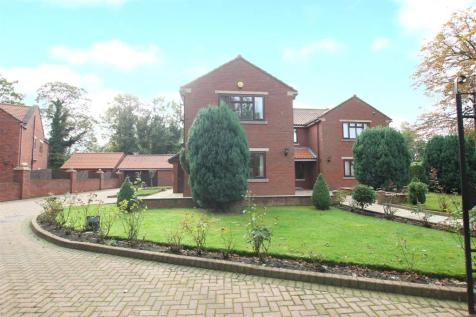 St Andrews Close, Darlington. 4 bedroom detached house
