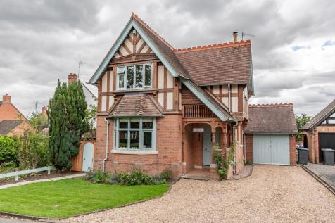 The Avenue, Bishopton, Stratford-upon-Avon. 3 bedroom detached house for sale