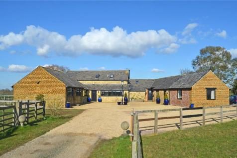Maidford, Towcester, Northamptonshire. 5 bedroom barn conversion for sale