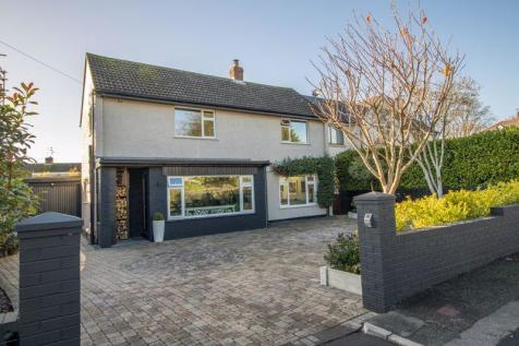 Lavernock Road, Penarth. 3 bedroom detached house for sale