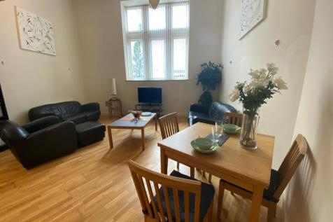Bute Terrace, CARDIFF. 2 bedroom apartment