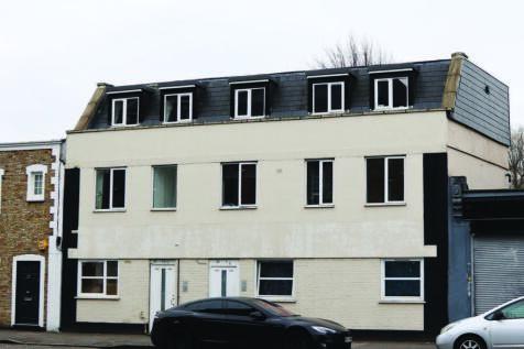 Mountgrove Road, Highbury property