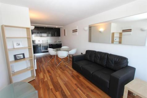 Whitehall Waterfront, Riverside Way. 2 bedroom flat
