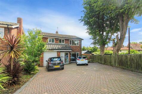 Wrotham Road, Meopham. 4 bedroom detached house for sale