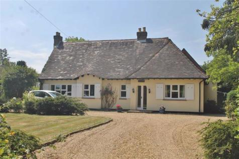 Whitehill Road, Meopham. 5 bedroom detached bungalow for sale