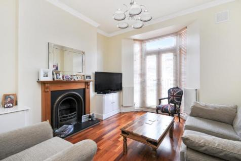 Wells Road, Shepherds Bush, London, W12. 1 bedroom apartment