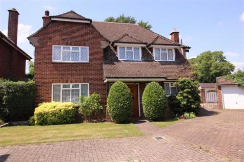 The Gardens, Beckenham, BR3. 4 bedroom detached house for sale