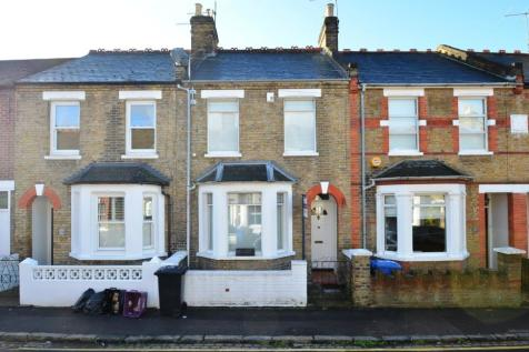 Albany Road Windsor. 2 bedroom terraced house