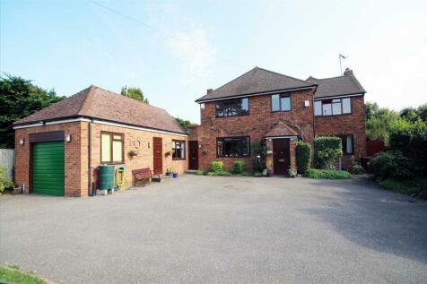 Aldenham Road, Bushey, WD23.. 4 bedroom detached house for sale