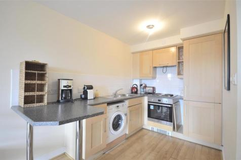 Wallace Court, Balham High Road, Balham, SW17. 1 bedroom apartment