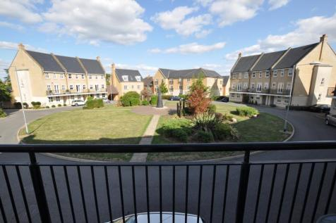 Greenland Gardens, Great Baddow, Chelmsford, CM2. 4 bedroom town house