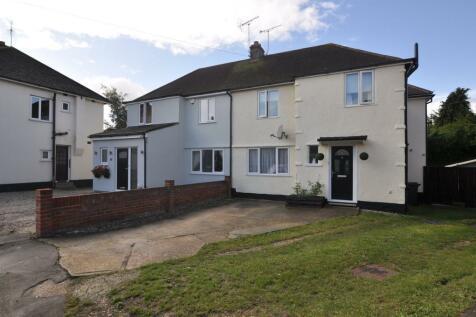 Grosvenor Close, Chelmsford, CM2. 4 bedroom semi-detached house