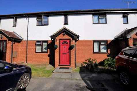 Ashton Place, Chelmer Village, Chelmsford, CM2. 2 bedroom property