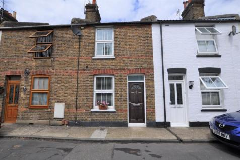 Belle Vue, Chelmsford, CM2. 2 bedroom terraced house