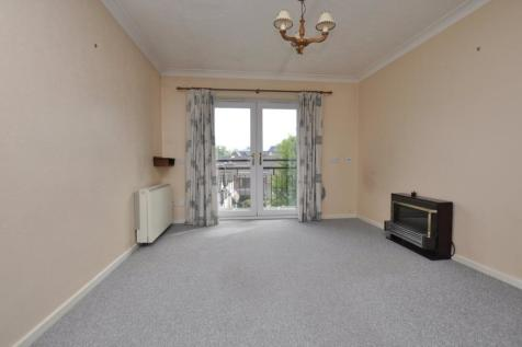 The Dell, Chelmsford, CM2. 2 bedroom flat