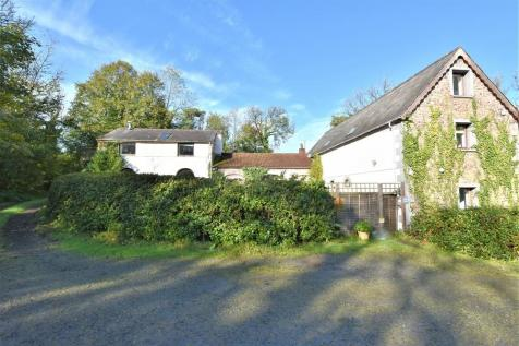 Llangadog, Carmarthenshire, South Wales, SA19. 12 bedroom detached house for sale
