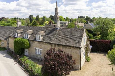 Rutland village approx. 3 miles from Stamford. 4 bedroom cottage for sale