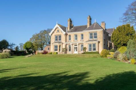 Eastlands, Eastlands Road, Tibthorpe, Driffield. 7 bedroom house for sale