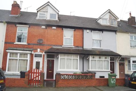 Sherwood Street, Whitmore Reans. 3 bedroom terraced house