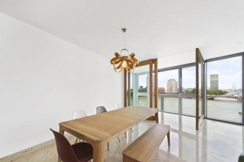 St George Wharf, The Tower, London. 3 bedroom flat