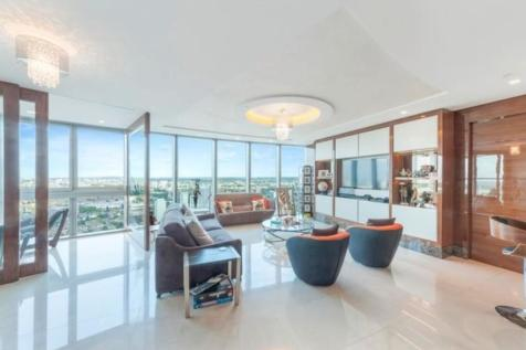 The Tower, St George Wharf. 3 bedroom flat