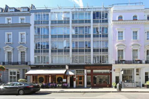 Ambassador Court, London. Studio apartment for sale