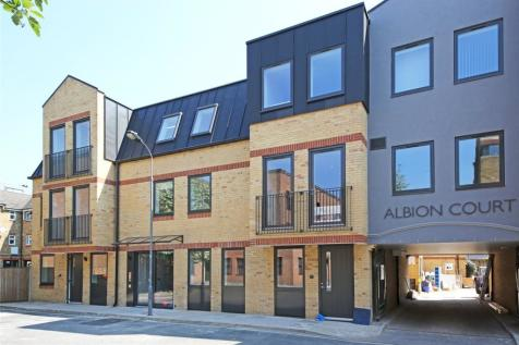 Albion Place, Hammersmith, London, W6. 1 bedroom flat