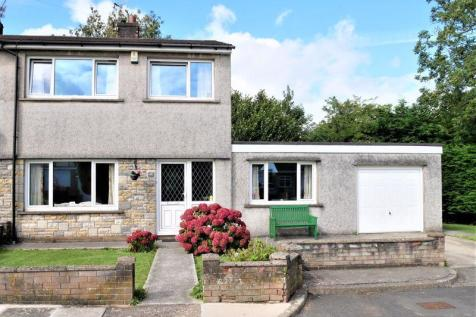 Rhyd Y Nant, Pontyclun, Cf72 9HE. 3 bedroom semi-detached house