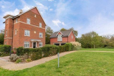 Simmonds Crescent, Lower Earley, Reading. 6 bedroom detached house for sale