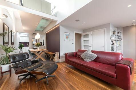Eaststand Apartments, Highbury Stadium Square, London, N5. 3 bedroom flat for sale