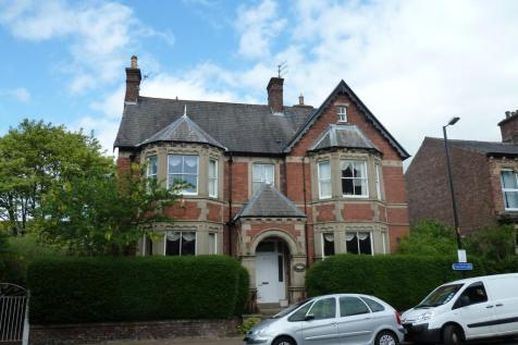 Chatsworth Square, Carlisle, CA1 1HF. 2 bedroom flat