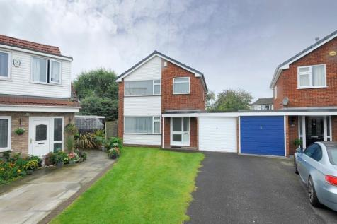 Acacia Avenue, Woolston, Warrington, WA1. 3 bedroom link detached house