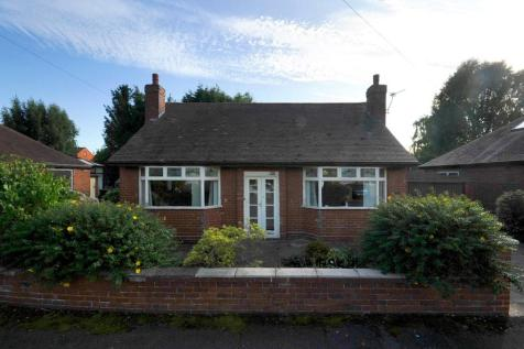 Regent Avenue, Padgate, Warrington, WA1. 2 bedroom detached bungalow for sale