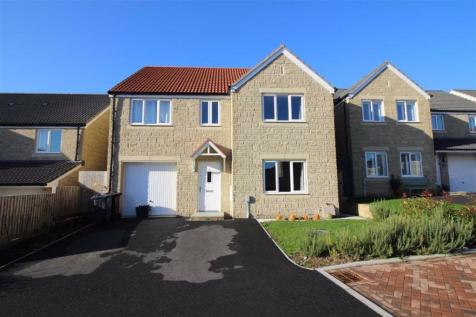 Bull Rush Close, Frome. 5 bedroom detached house for sale