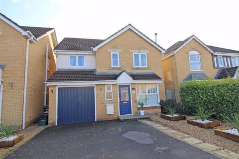 Wellow Drive, Frome. 4 bedroom detached house for sale