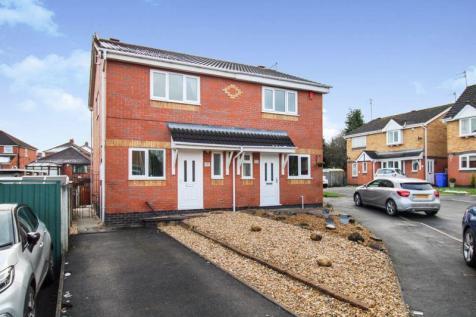 Bronte Grove, Milton, Staffordshire, ST2. 3 bedroom semi-detached house