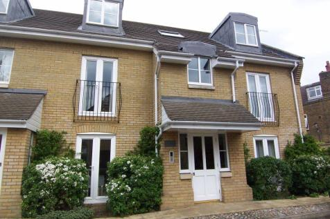 Fulmar Close, Surbiton. 1 bedroom apartment