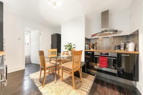Bramfield Road, SW11. 1 bedroom flat for sale