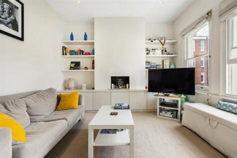 Belleville Road, SW11. 2 bedroom flat