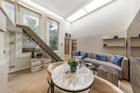 Roland Mansions, Old Brompton Road, SW7. 1 bedroom flat for sale