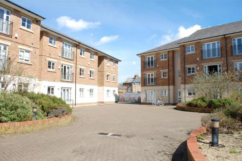 Grandpont Place, Long Ford Close, OXFORD, OX1. 2 bedroom apartment