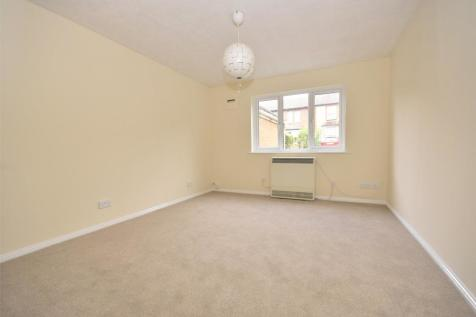 Headley House, 15 St. Johns Terrace Road, Redhill, Surrey, RH1. 1 bedroom apartment