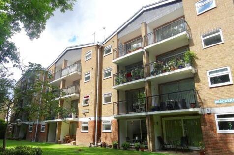 4 Brackley Road, Beckenham, BR3. 2 bedroom flat