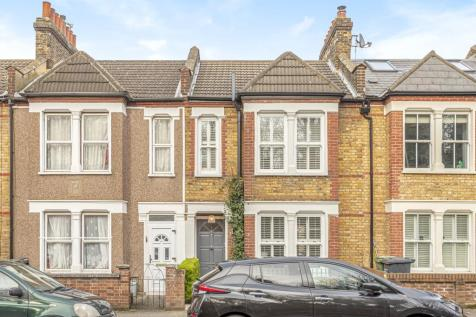 Fernbrook Road Hither Green SE13. 3 bedroom terraced house