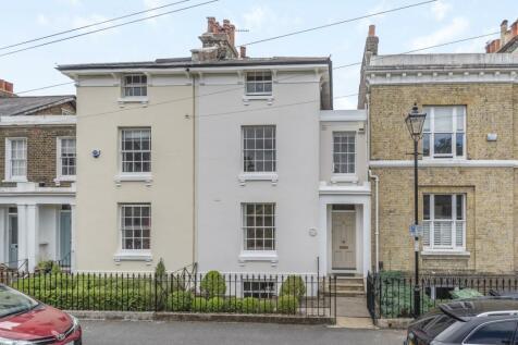 Kingswood Place London SE13. 4 bedroom terraced house
