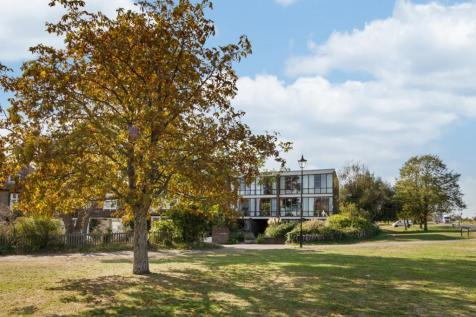 North Several Orchard Drive SE3. 4 bedroom town house
