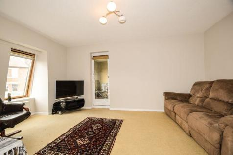 Lacock Close London. 1 bedroom flat