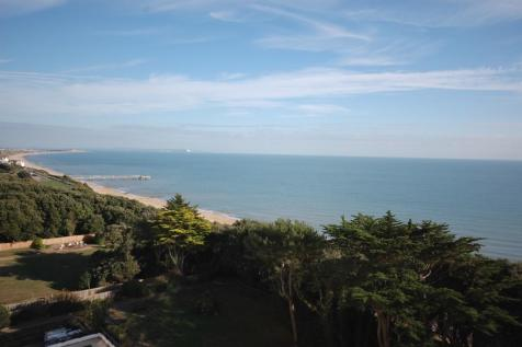Manor Road, Bournemouth, Dorset, BH1. 3 bedroom apartment for sale