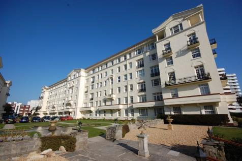 Bath Road, Bournemouth, Dorset, BH1. 3 bedroom apartment for sale