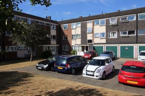 CLIFTONVILLE COURT - NN1. 3 bedroom flat